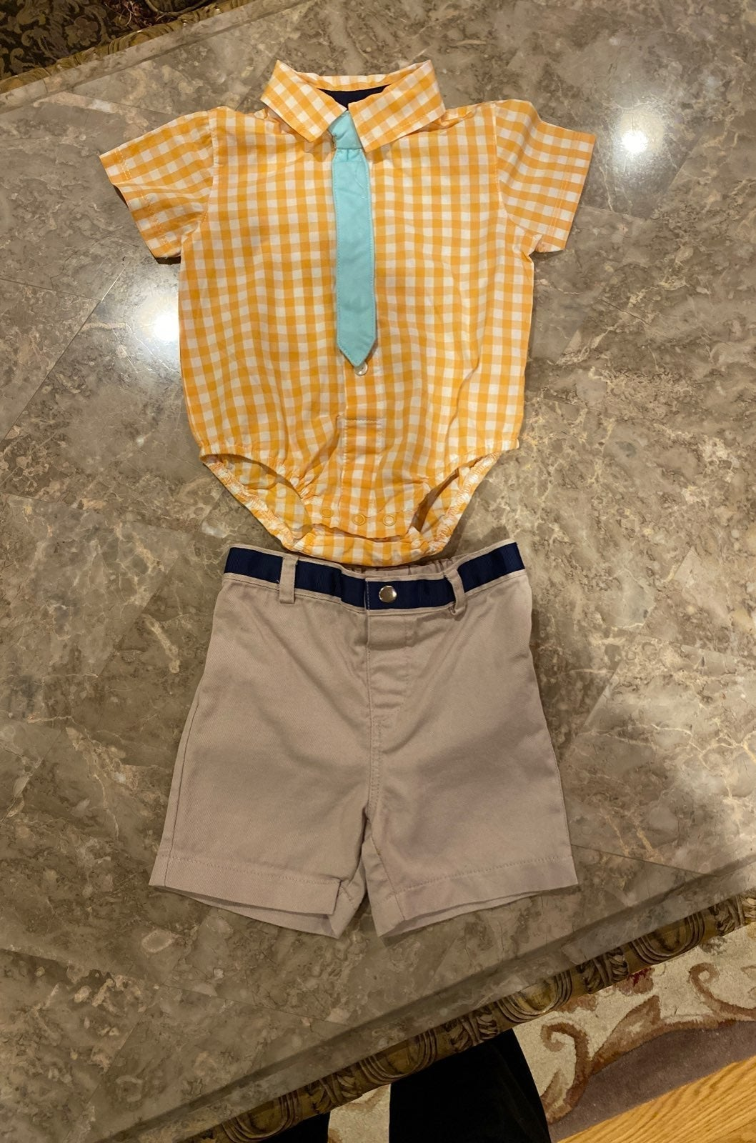 Set Dress shirt and shorts