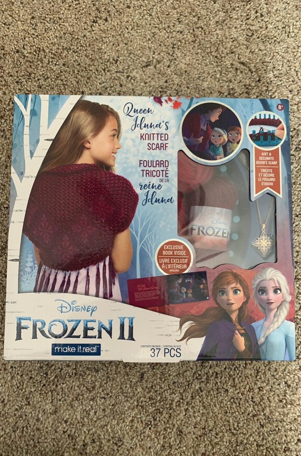 Frozen 2 knit & decorate scarf. Craft