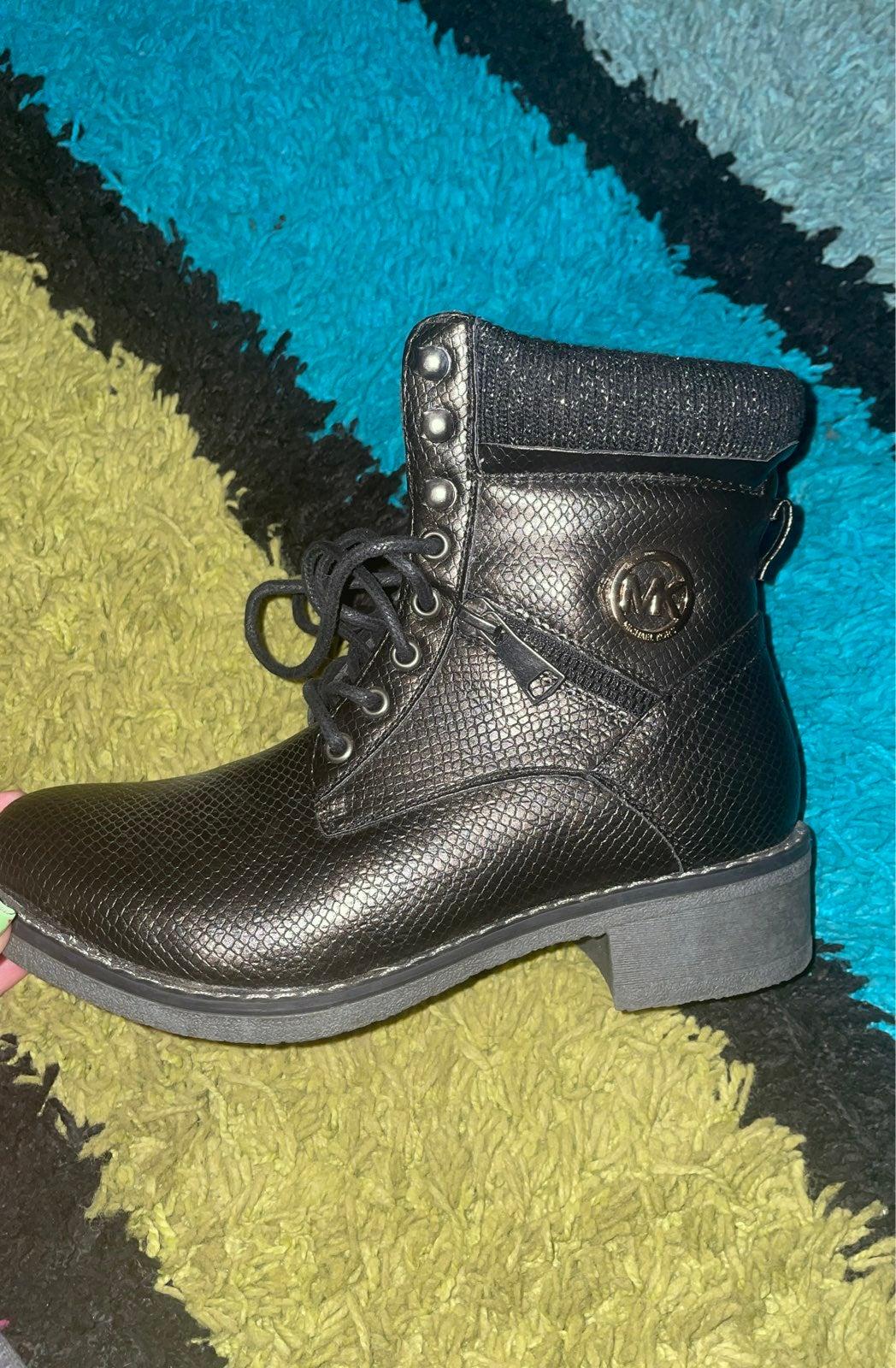 Michael Kors booties boots