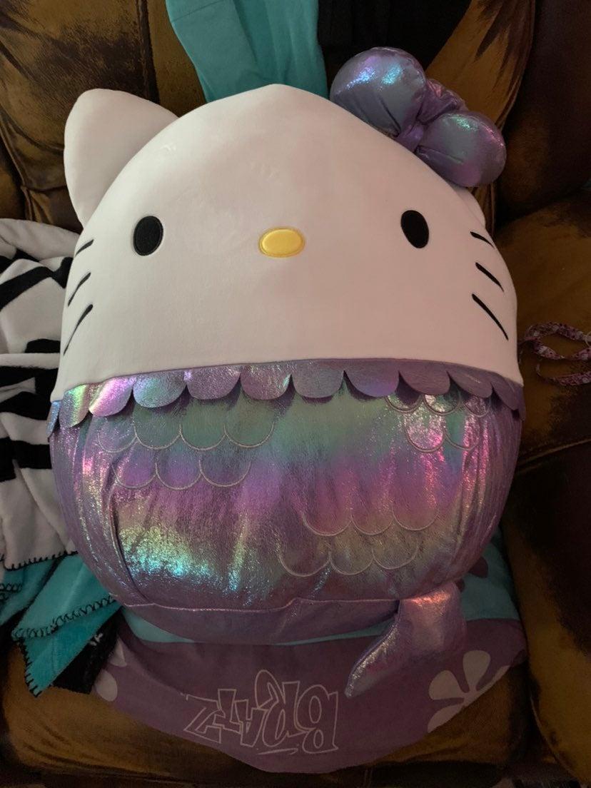 Mermaid hello kitty squishmellow