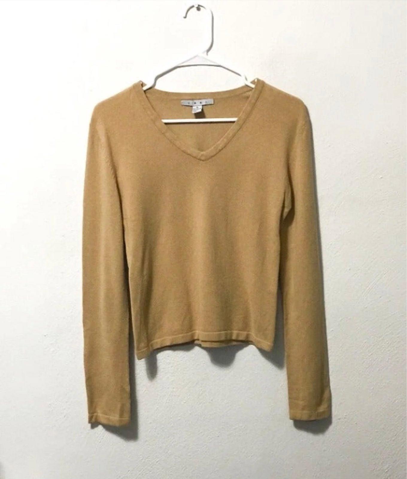 Cabi Tan V-Neck Long Sleeve Sweater M