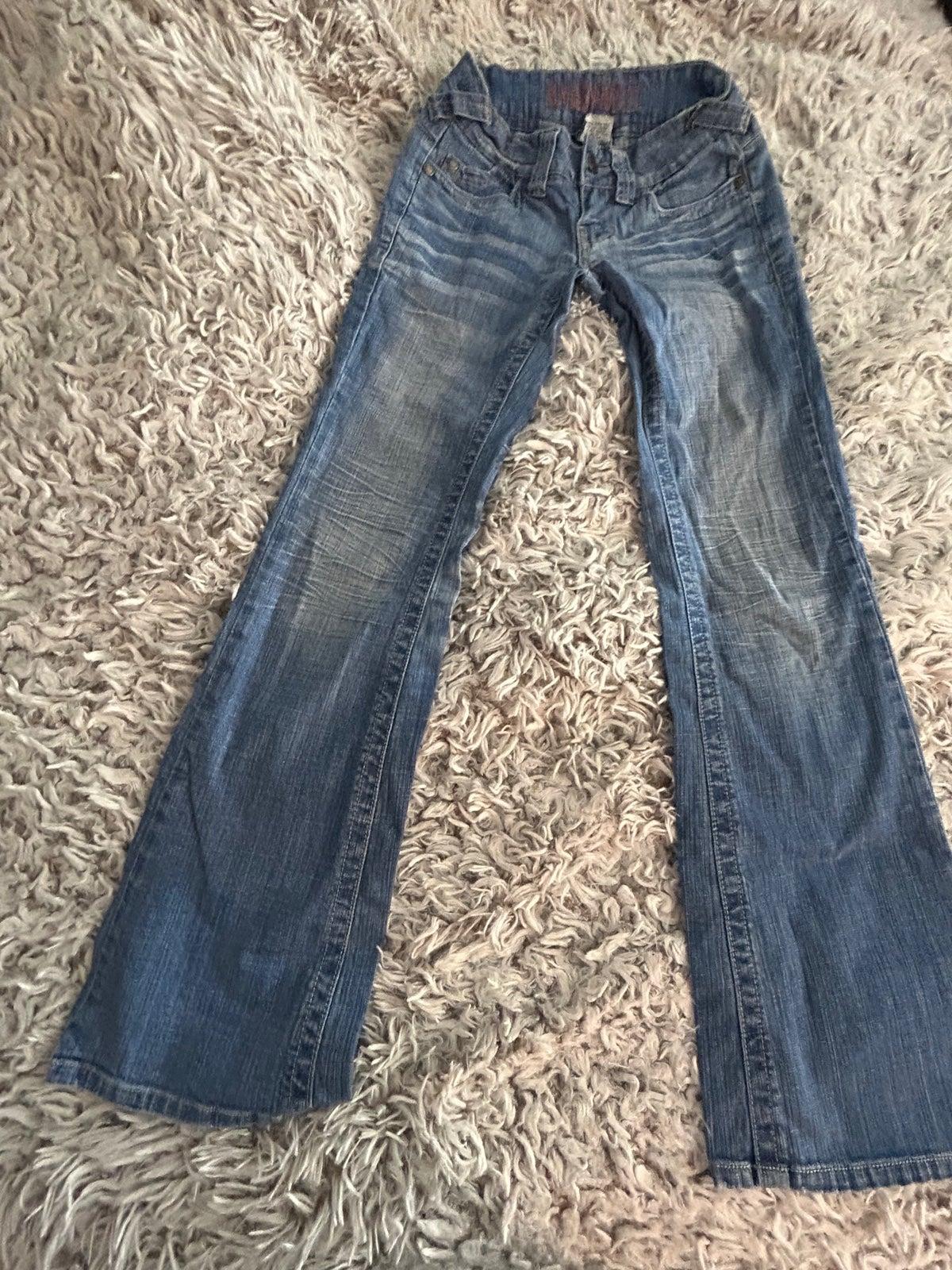 Women's Hydraulic boot cut Jeans, 1/2