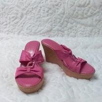 Italian Shoemakers Pink Wedge Sandals 7