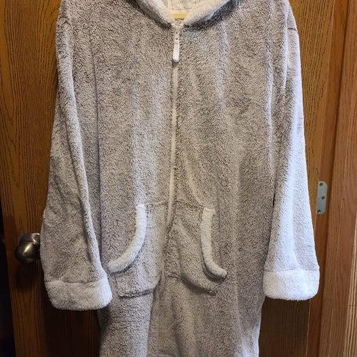 3X women's zip front hooded robe