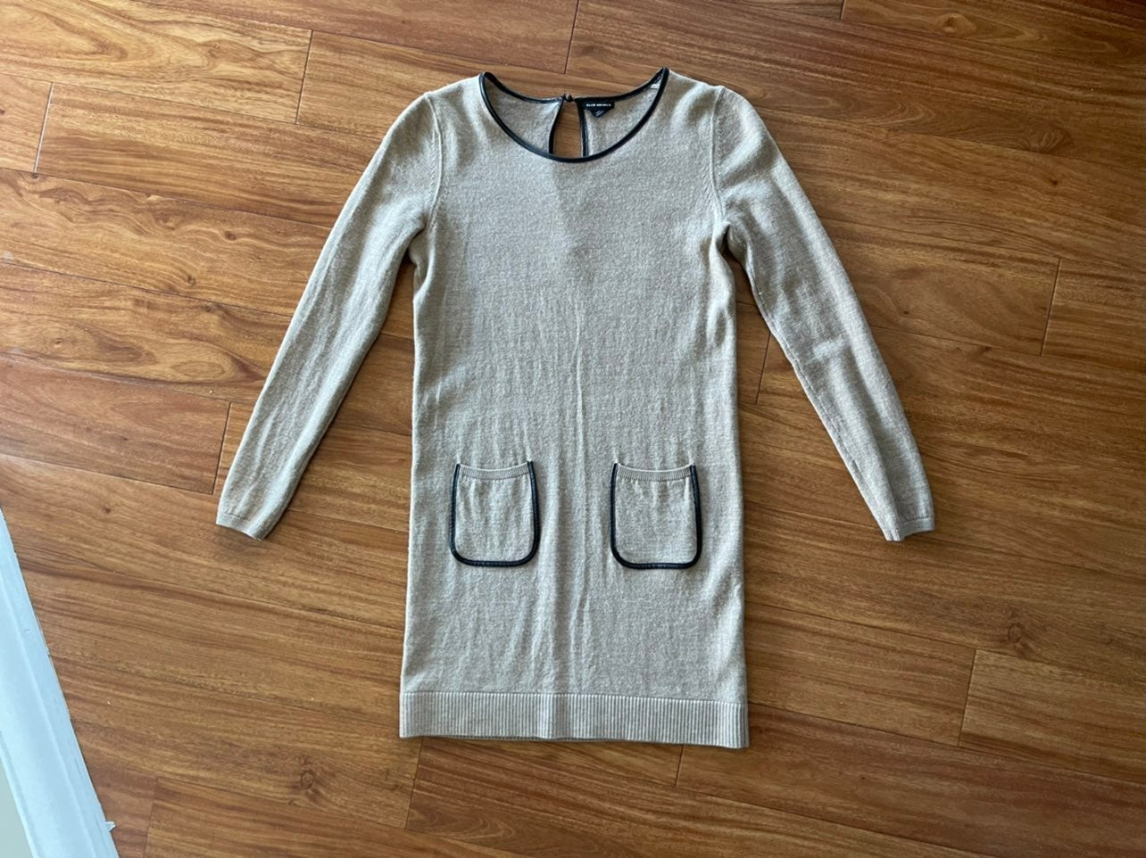 Club Monaco Wool Sweater Dress *EUC*
