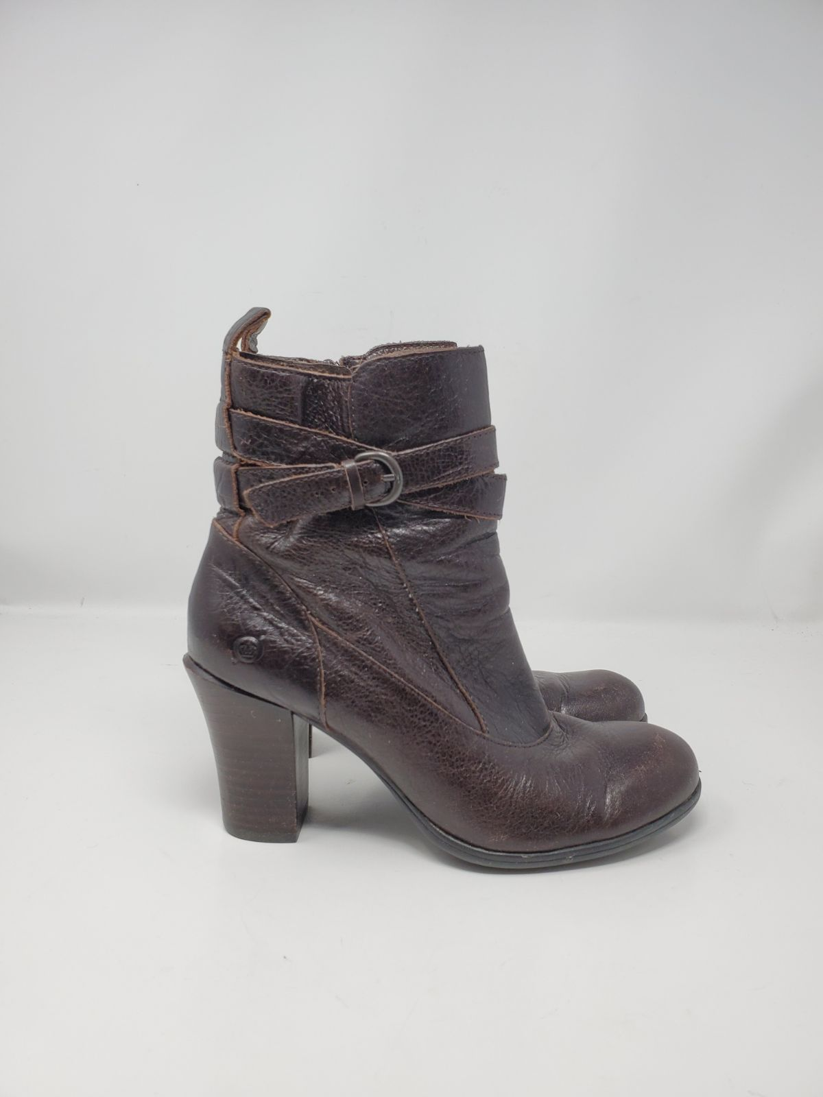Born leather bootie