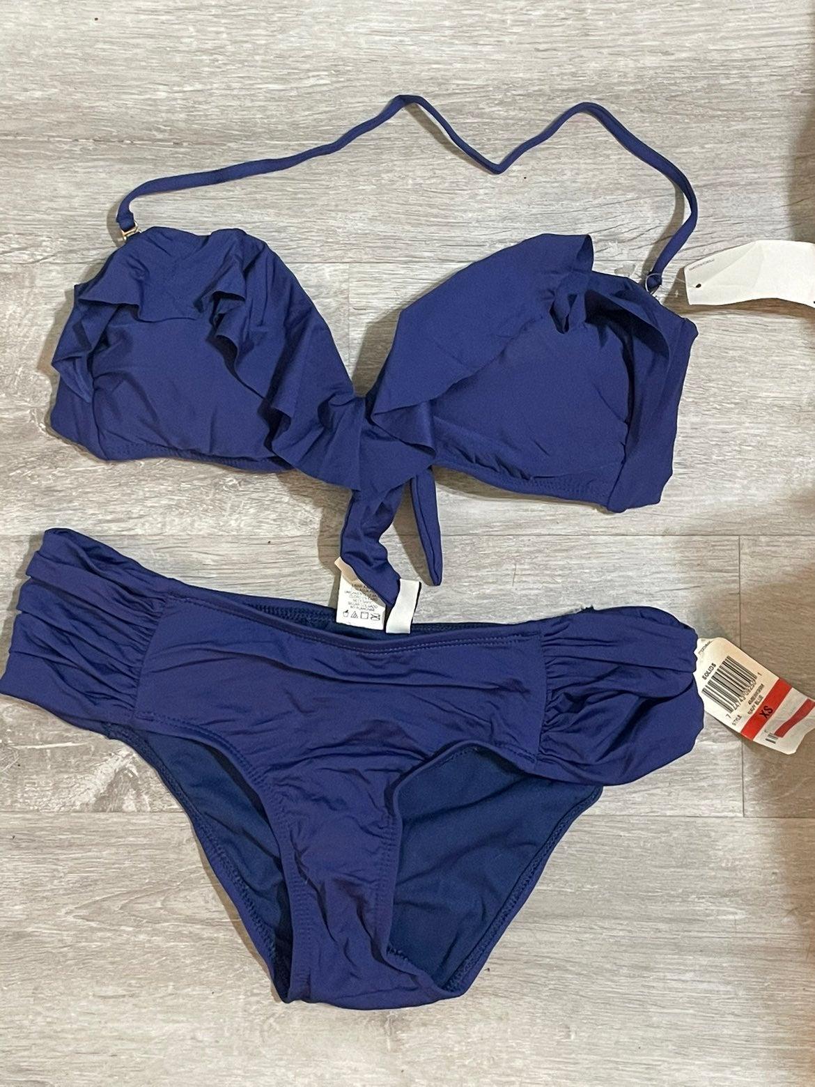 Pretty Navy Bikini