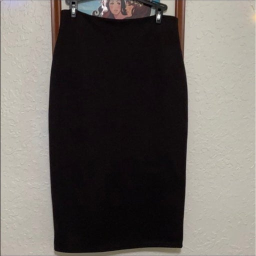 Cremieux black ribbed pencil skirt