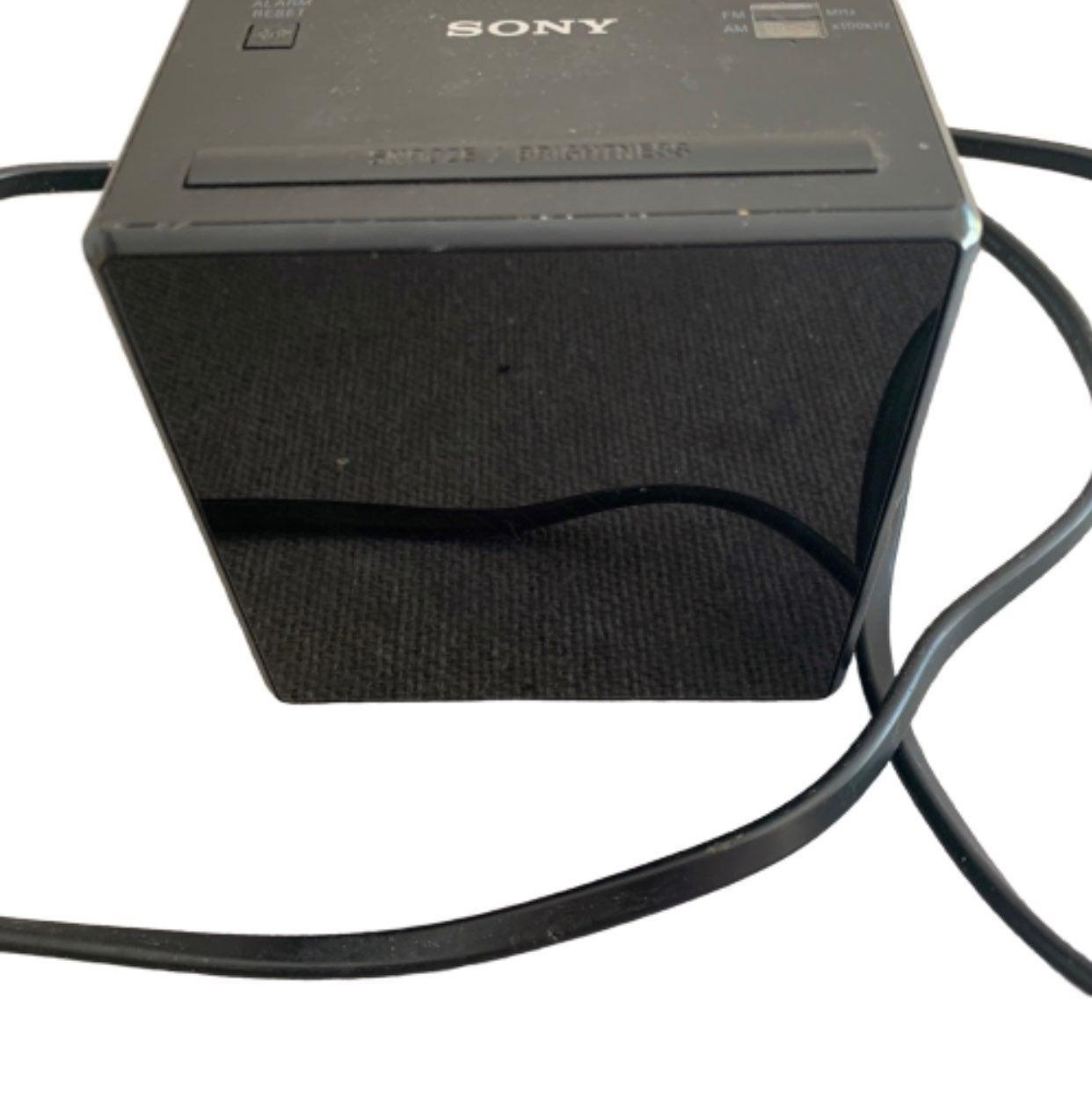 Sony Digital Clock/Radio Black AM/FM