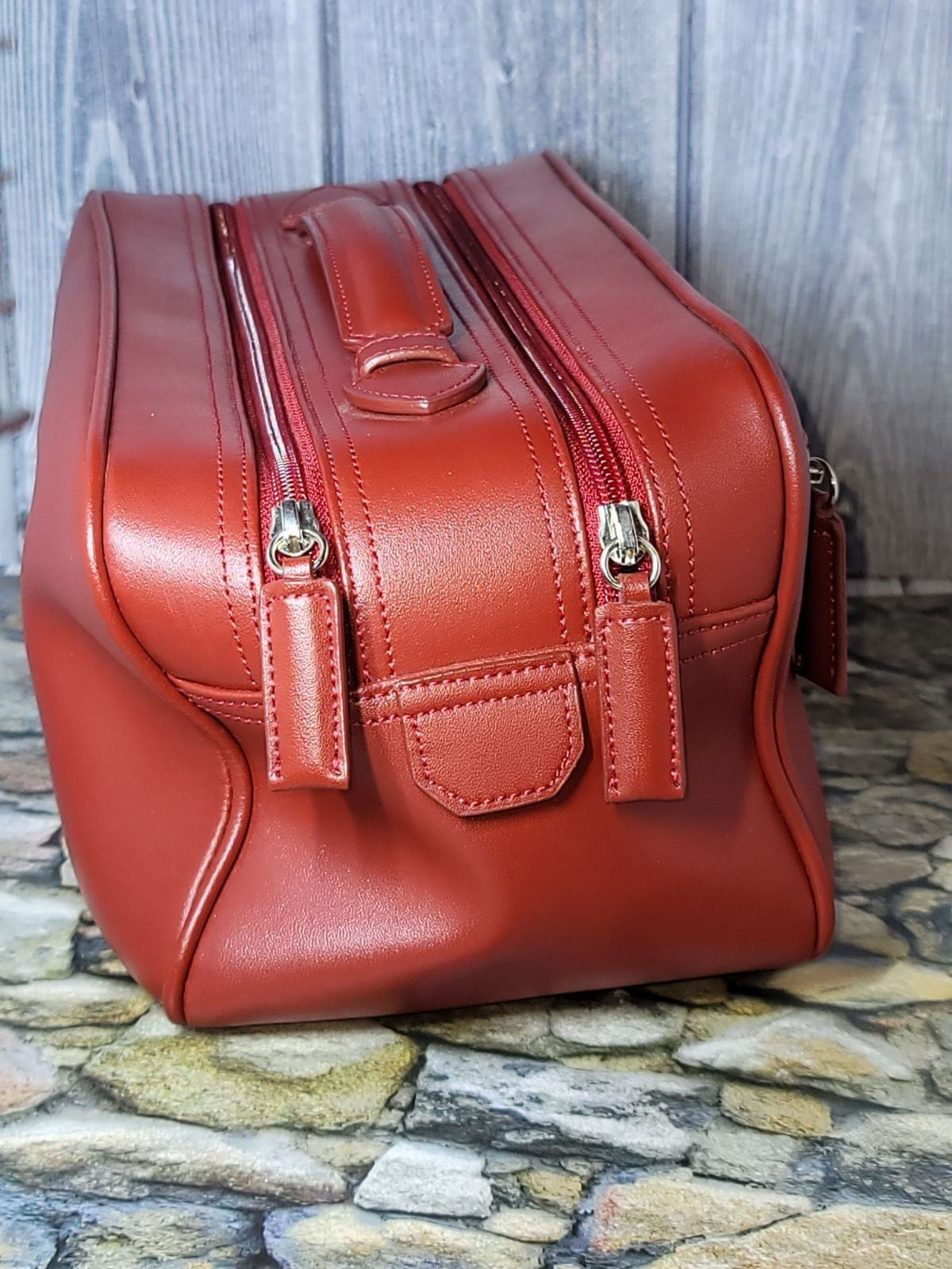 Anne Klein cosmetic train bag red
