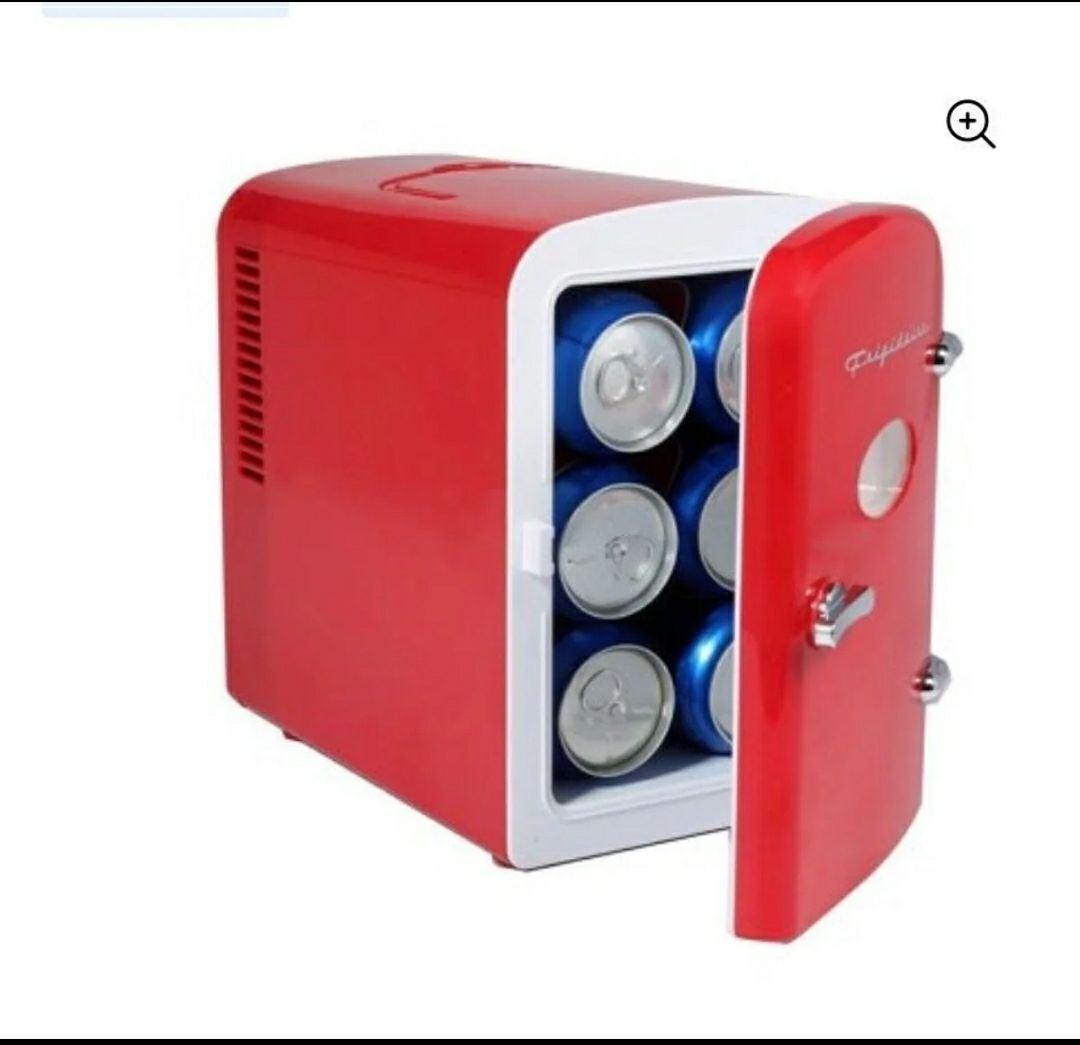 Frigidaire Portable Retro 9-Can