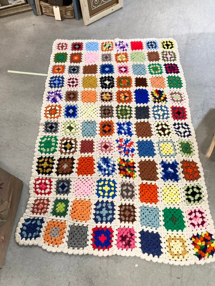 Vintage multicolor granny square afghan
