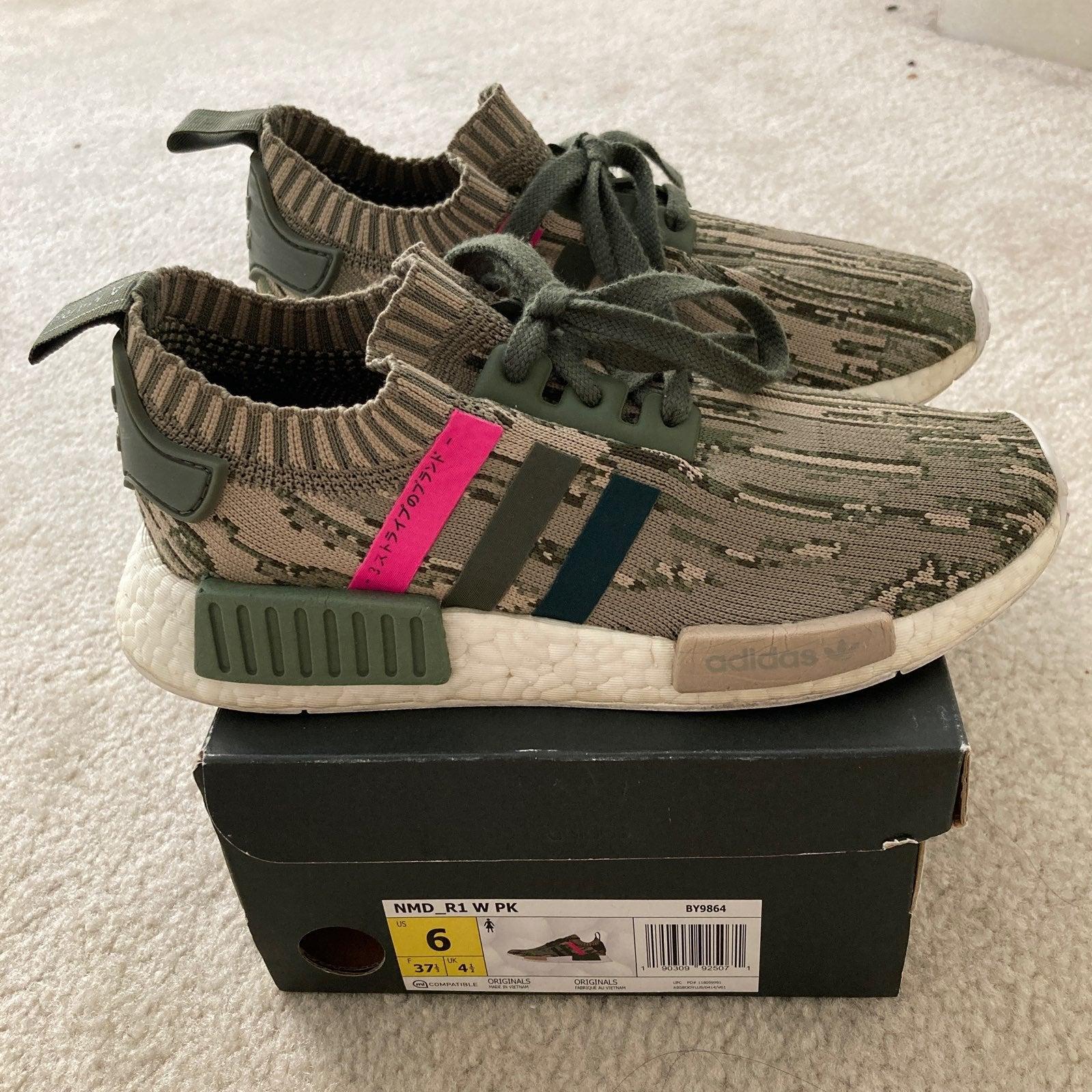 Adidas NMD_R1 W PK Size 6US W