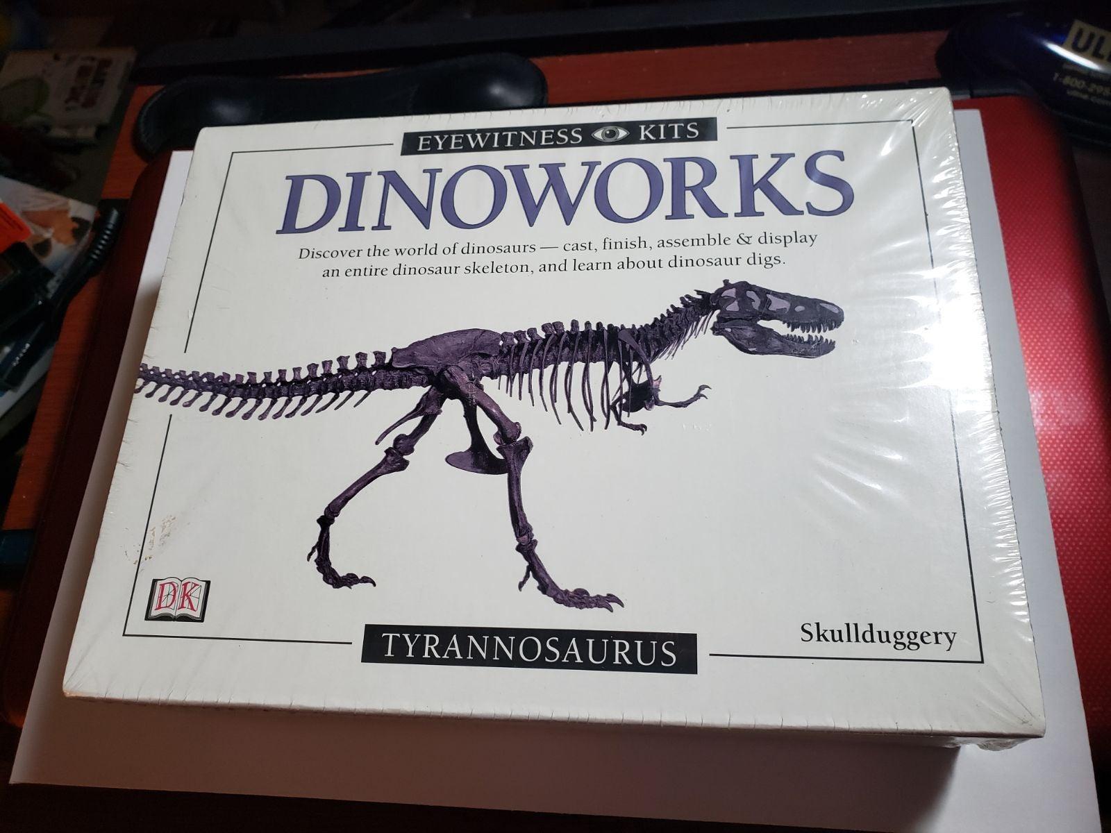 DK DINOWORKS: Tyrannosaurus Kit NEW