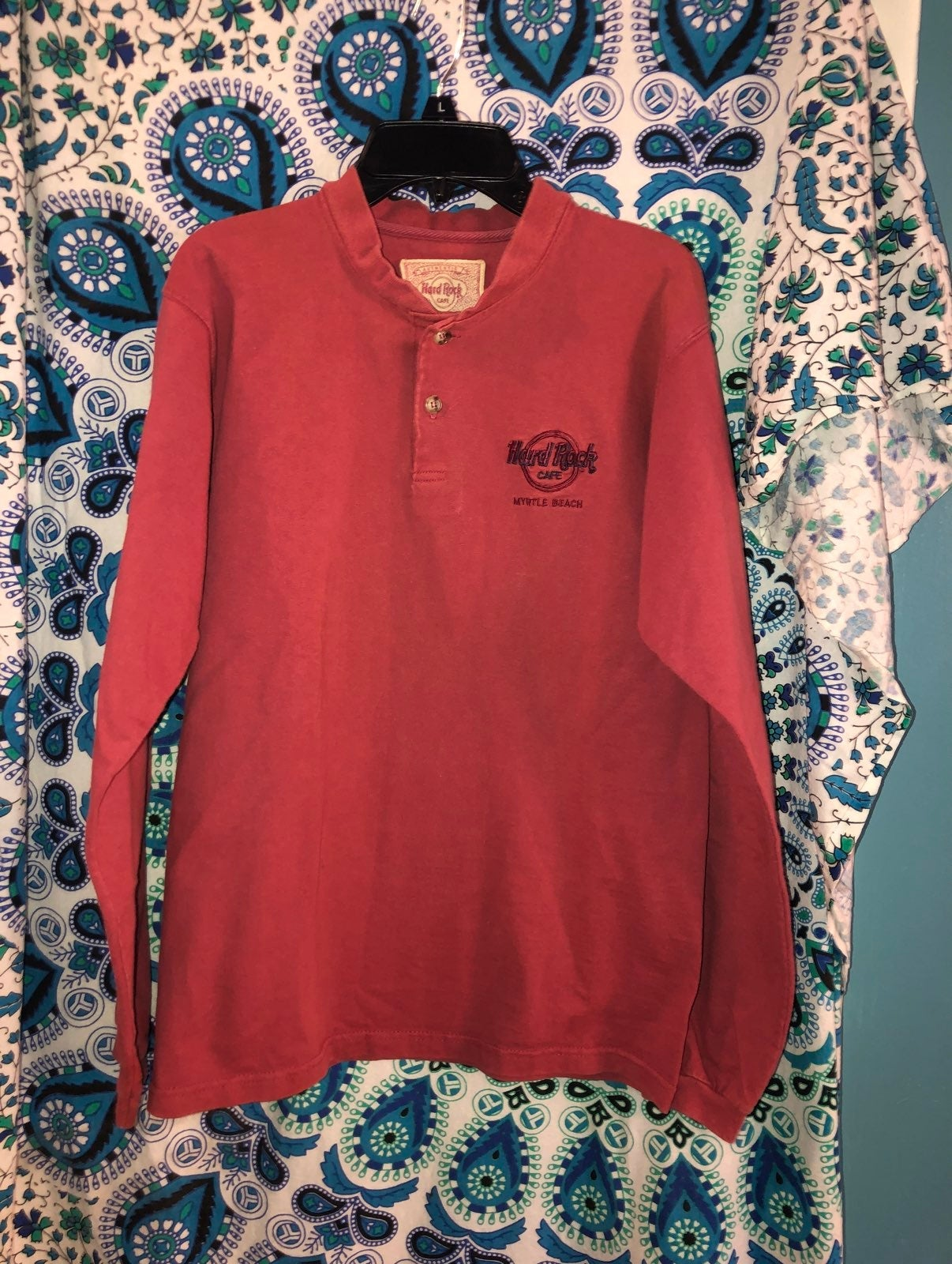 Hard Rock Cafe Small Embroidered Henley