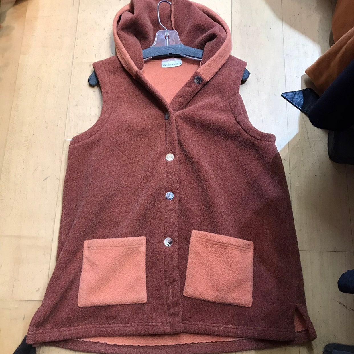 Brynn Walker polar fleece hoodie vest M