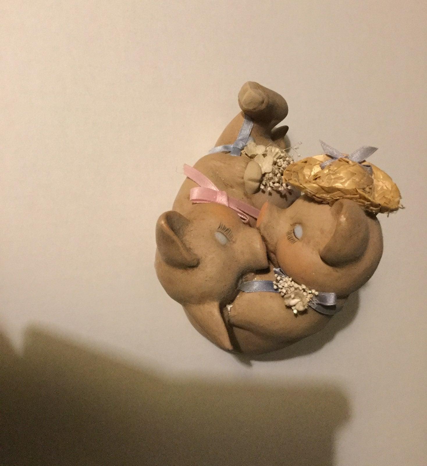 Farmhouse  Pig Figurines