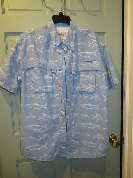 LL Bean Men's Fishing Shirt - L