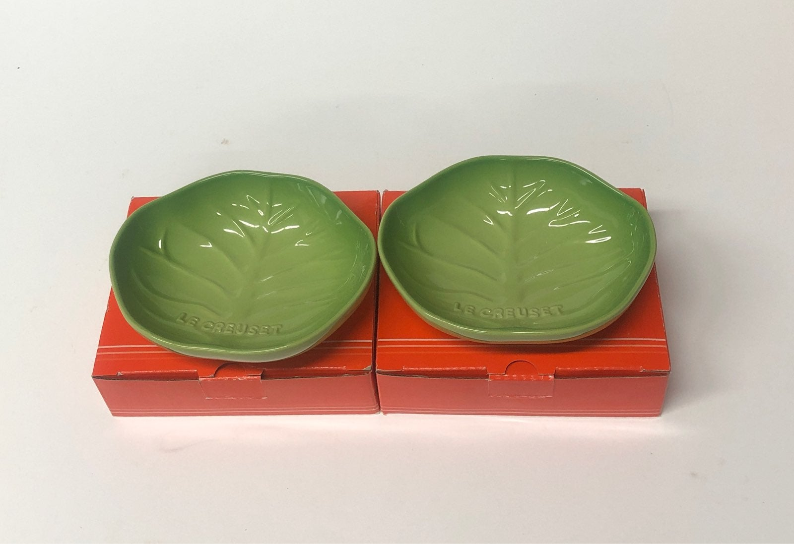 Le Creuset Rare Small Cabbage Dishes
