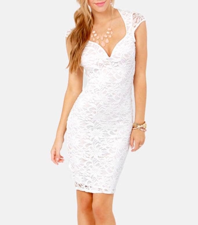 Lulu's Ivory Lace Midi dress in size S