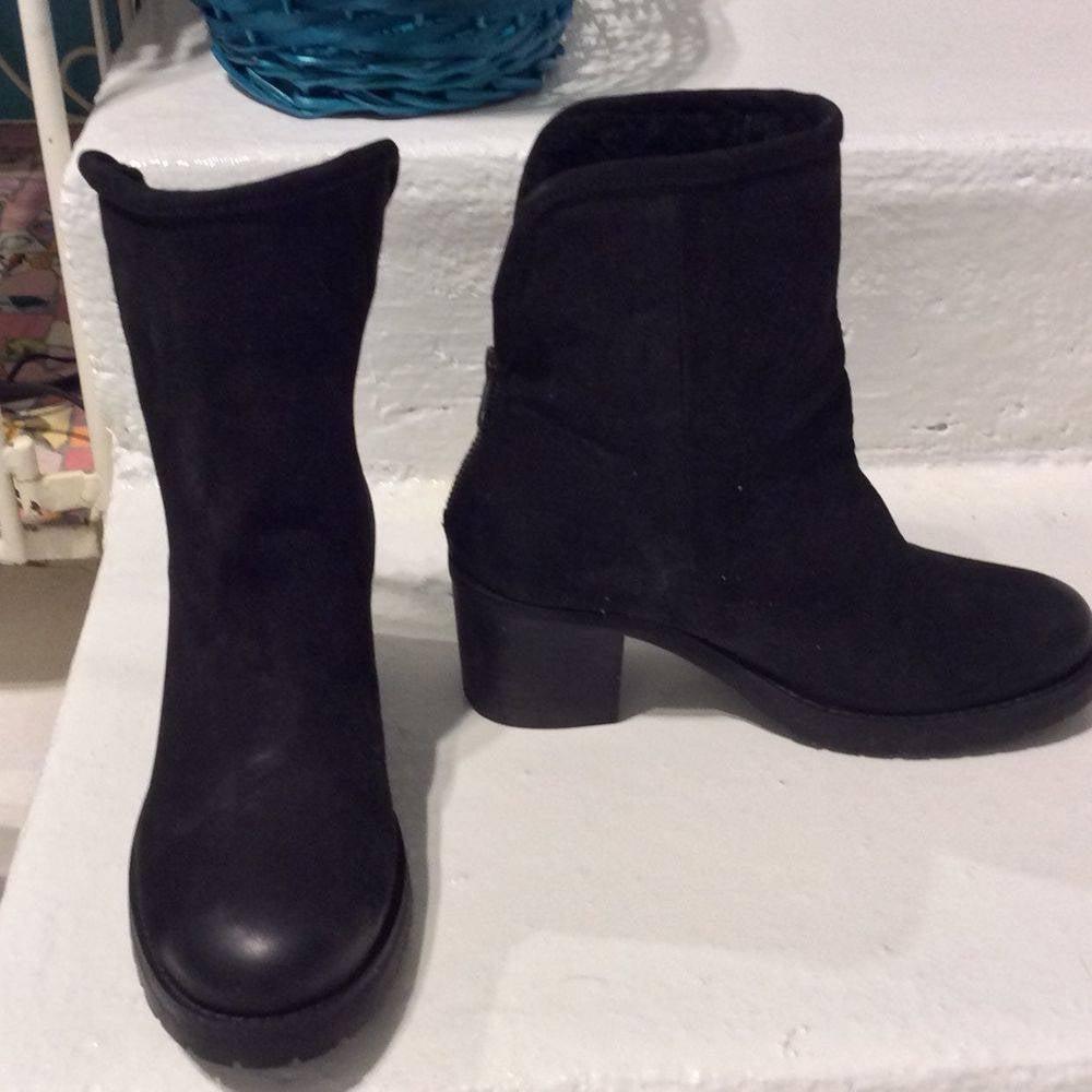 NIB Steve Madden Women/'s Sweaterr Boot in Cognac Leather