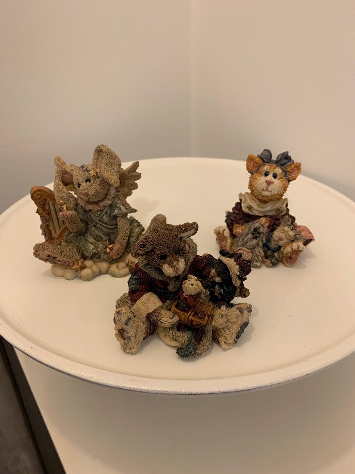 Lot of three Boyds Bears figurines