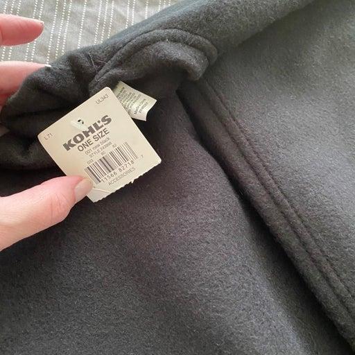 Kohls Cloak or cape