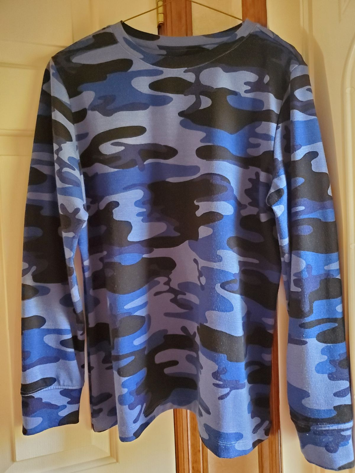 Denim & Co Camo Print L/S Pullover