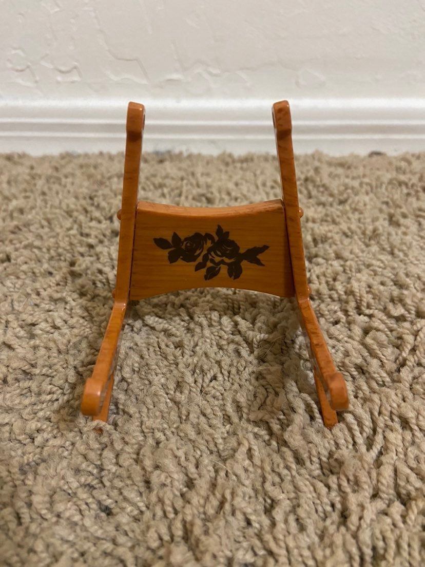 American Girl Tenney Instrument Stand