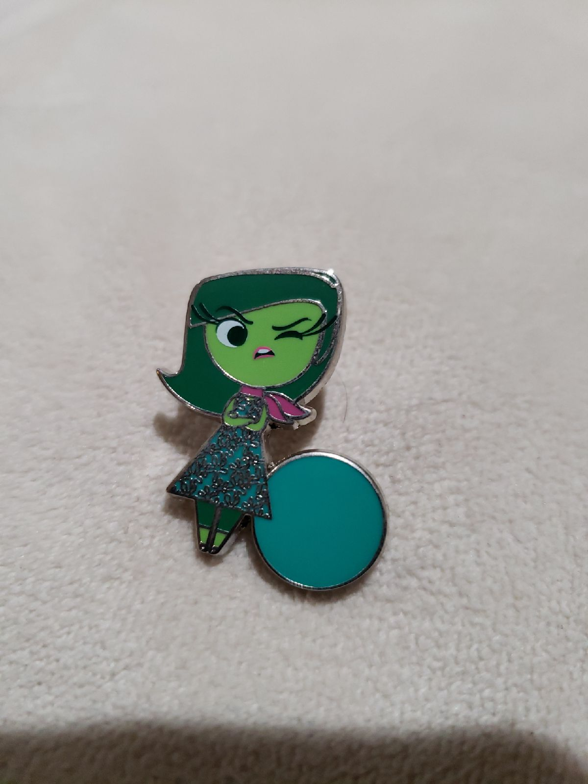 Disney trading pins Disgust Inside out
