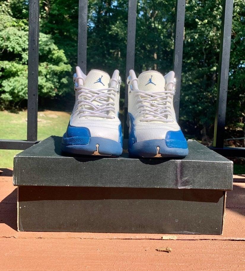 Jordan 12 'French Blue'