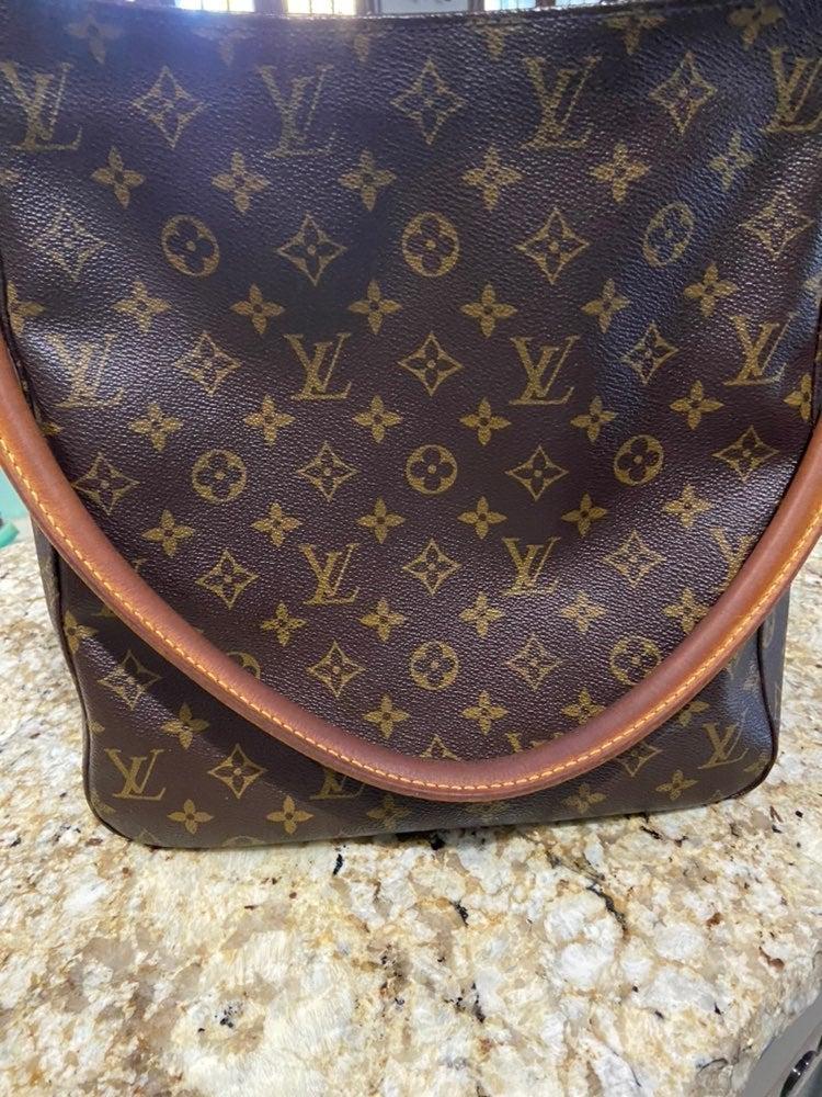 LV Looping GM Shoulder Bag 11410