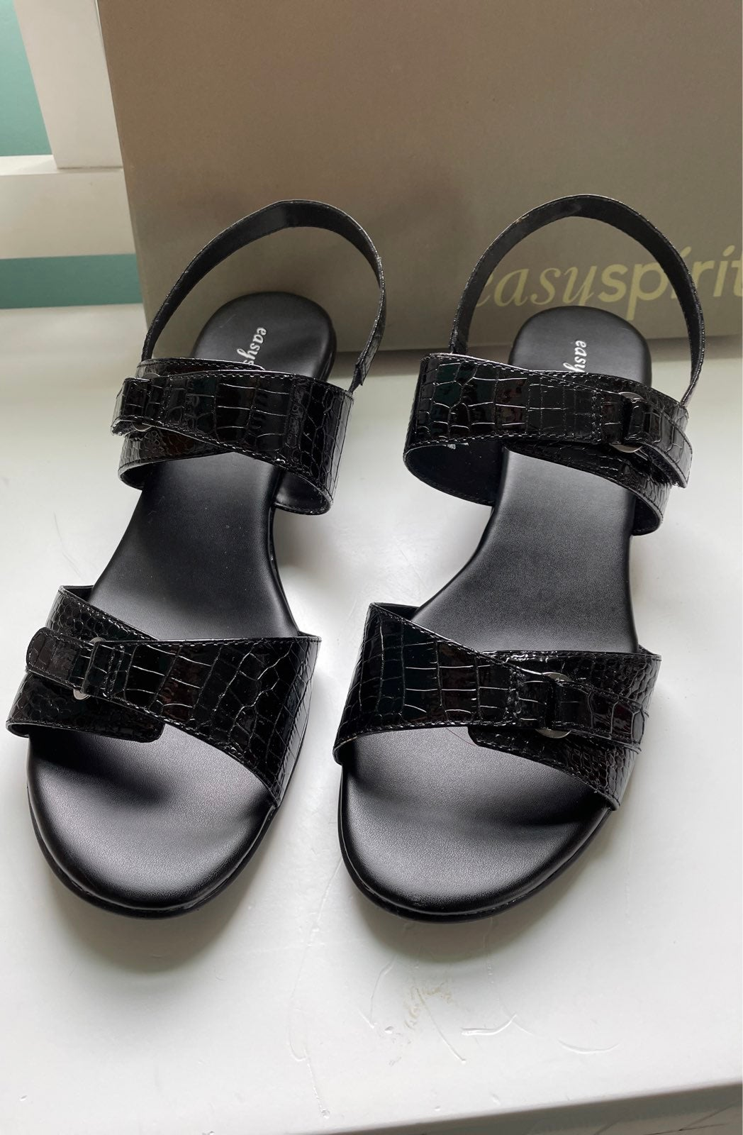 NEW Easy Spirit Black Patent Sandals 10W