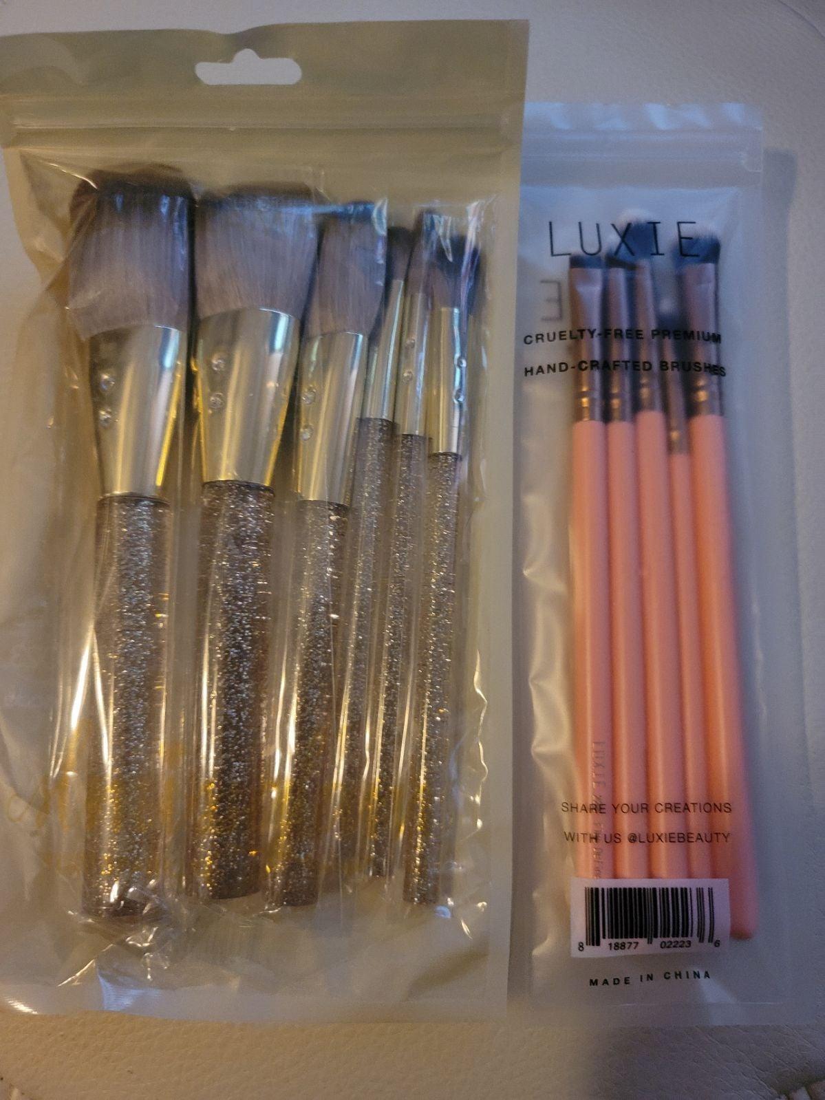 Brand new brush sets