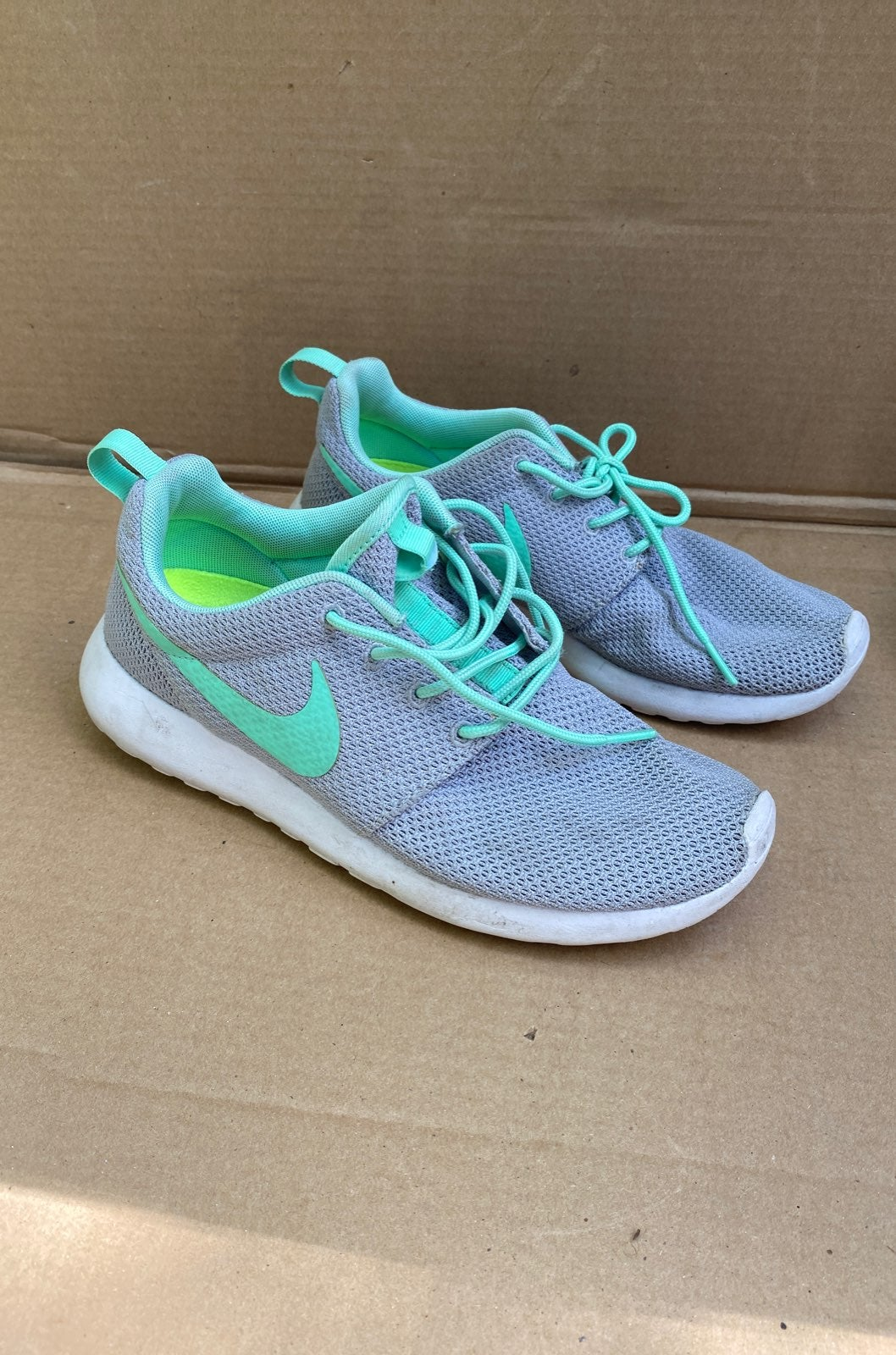 Nike Roshe Run Athletic Sneaker Shoe