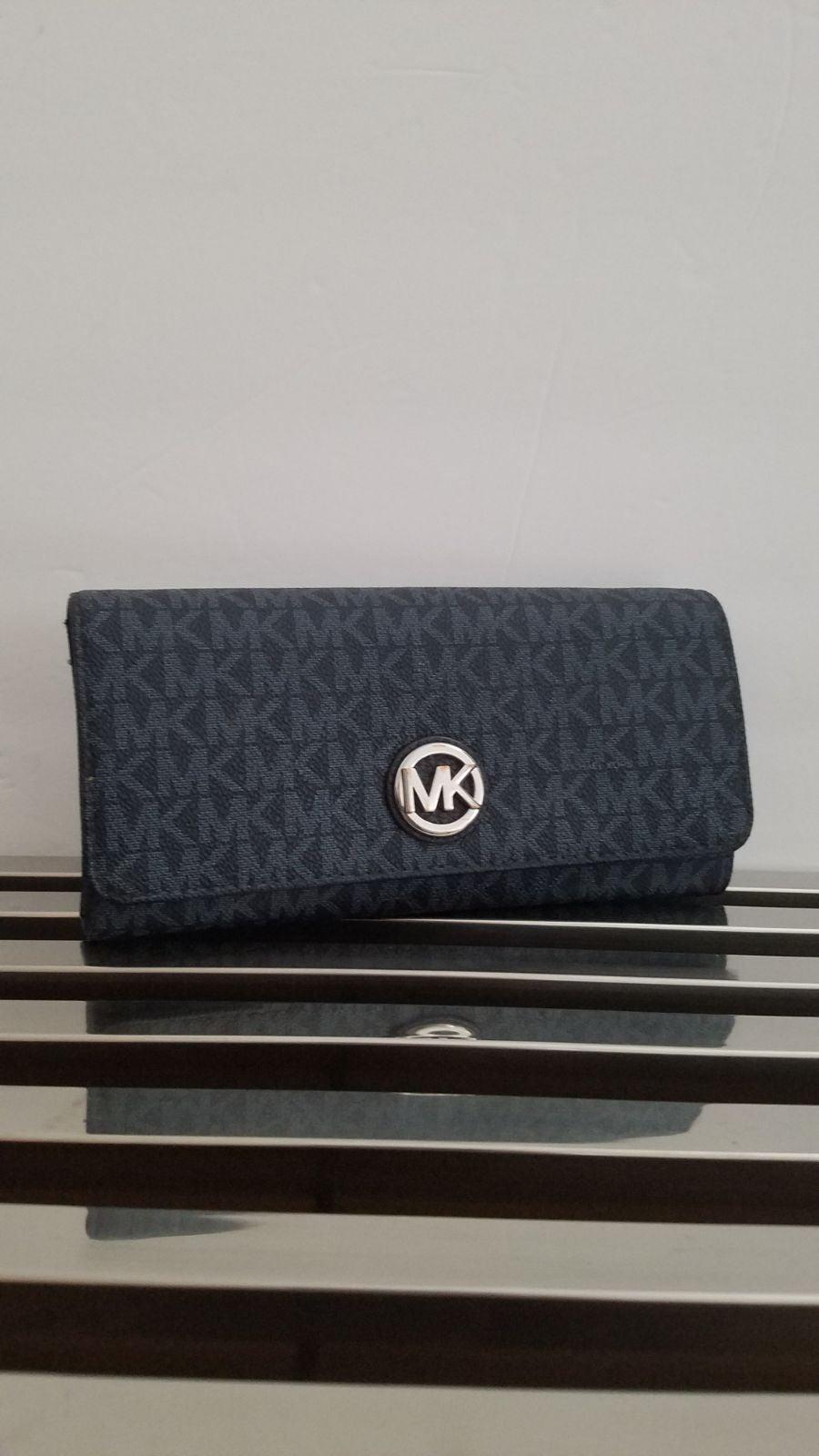 Mk Fulton Carryall Wallet (Blue)