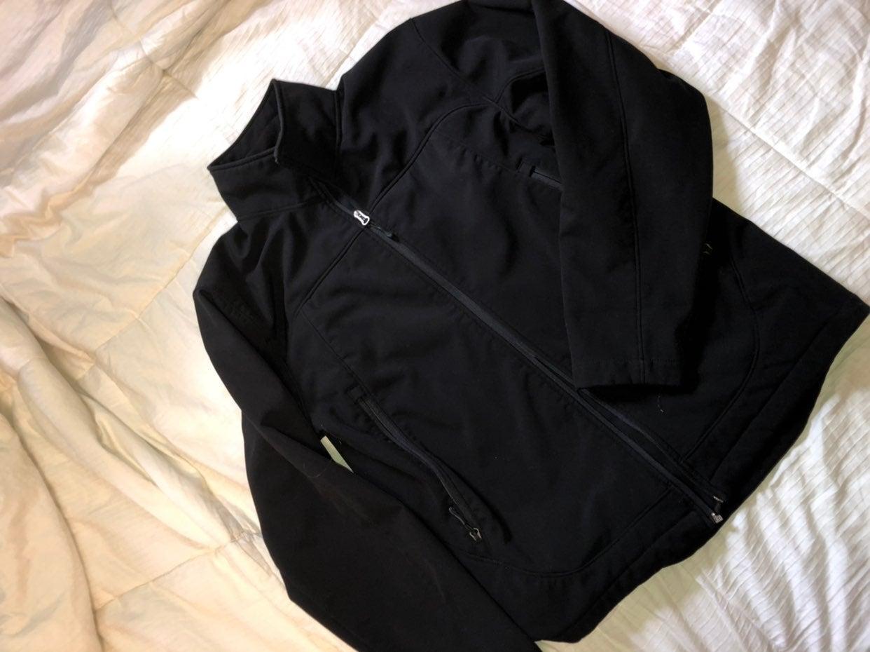 Nice material  champion jacket