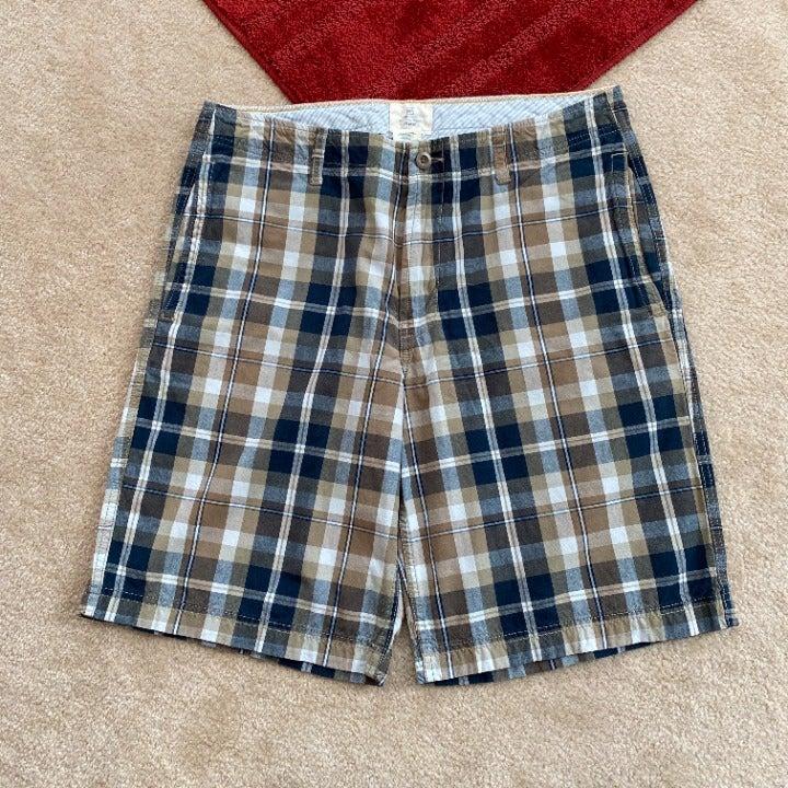 Gap Khakis 34 Relaxed Fit Plaid Shorts