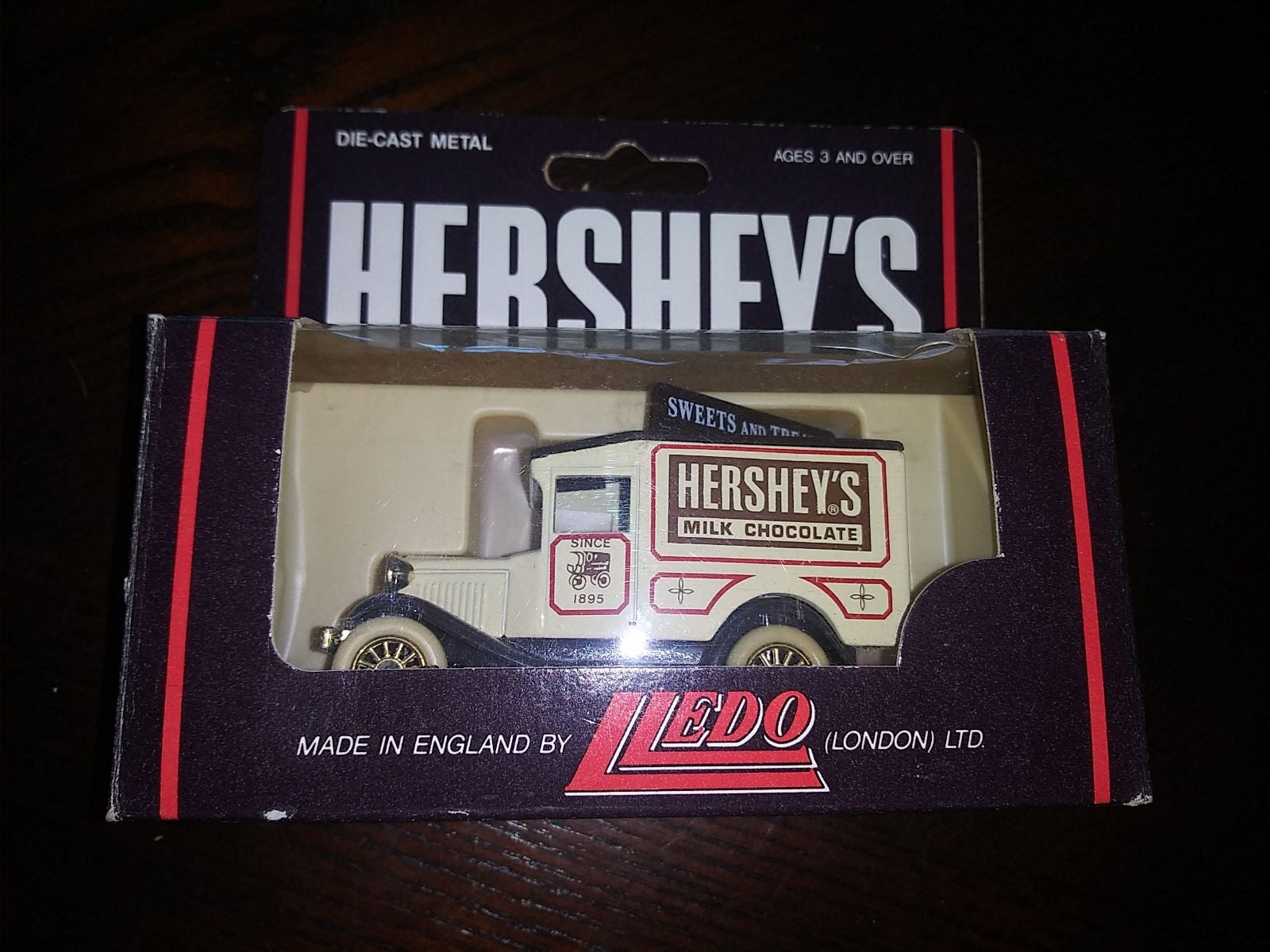 Hartoy Hershey's Diecast 'Sweets and Tre