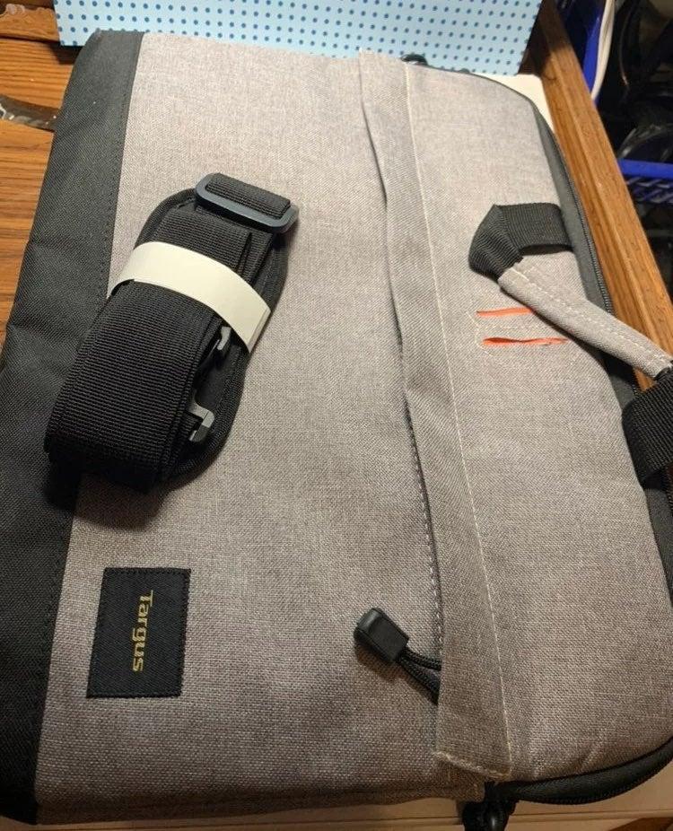 Laptop bag Targus -new
