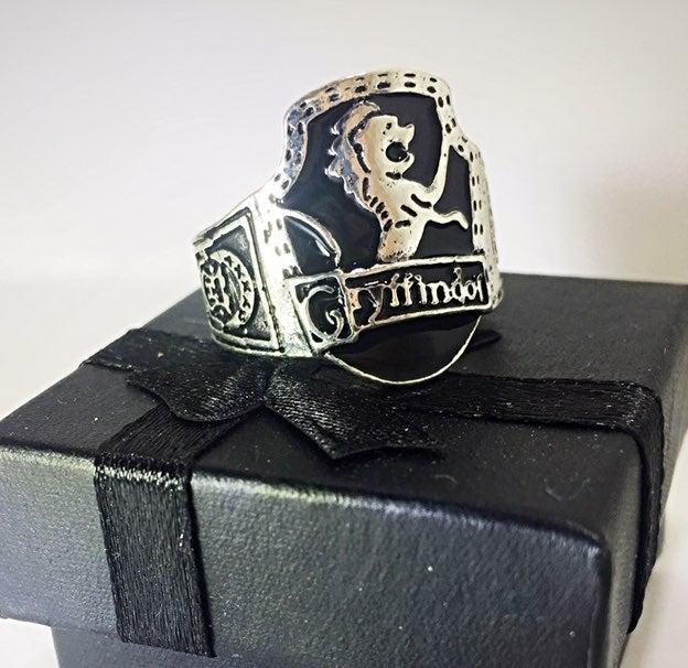 Gryffindor ring