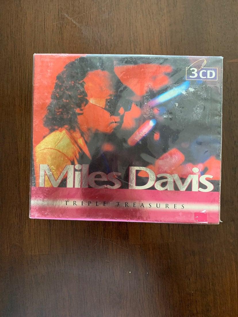 Miles Davis Cd Tripple Treasures