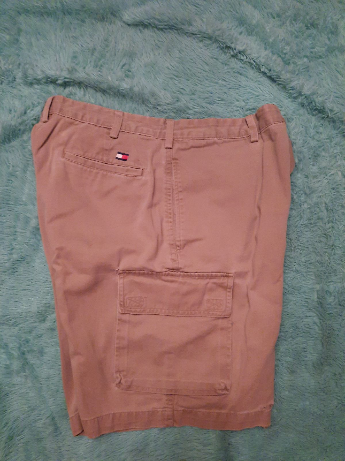 Size 33 tommy Hilfiger cargo Shorts see
