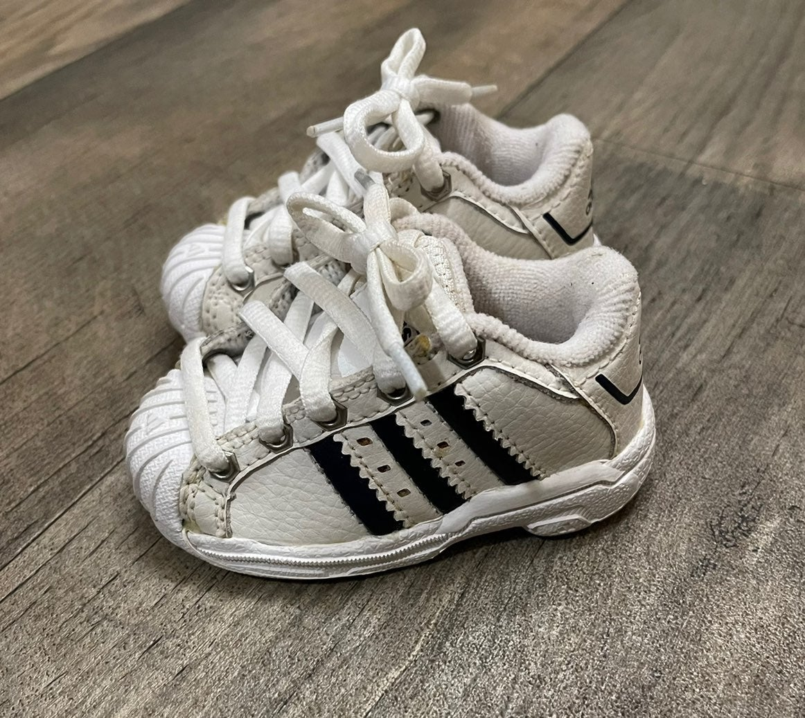 Adidas Shell Toe Toddler Shoes Size 3