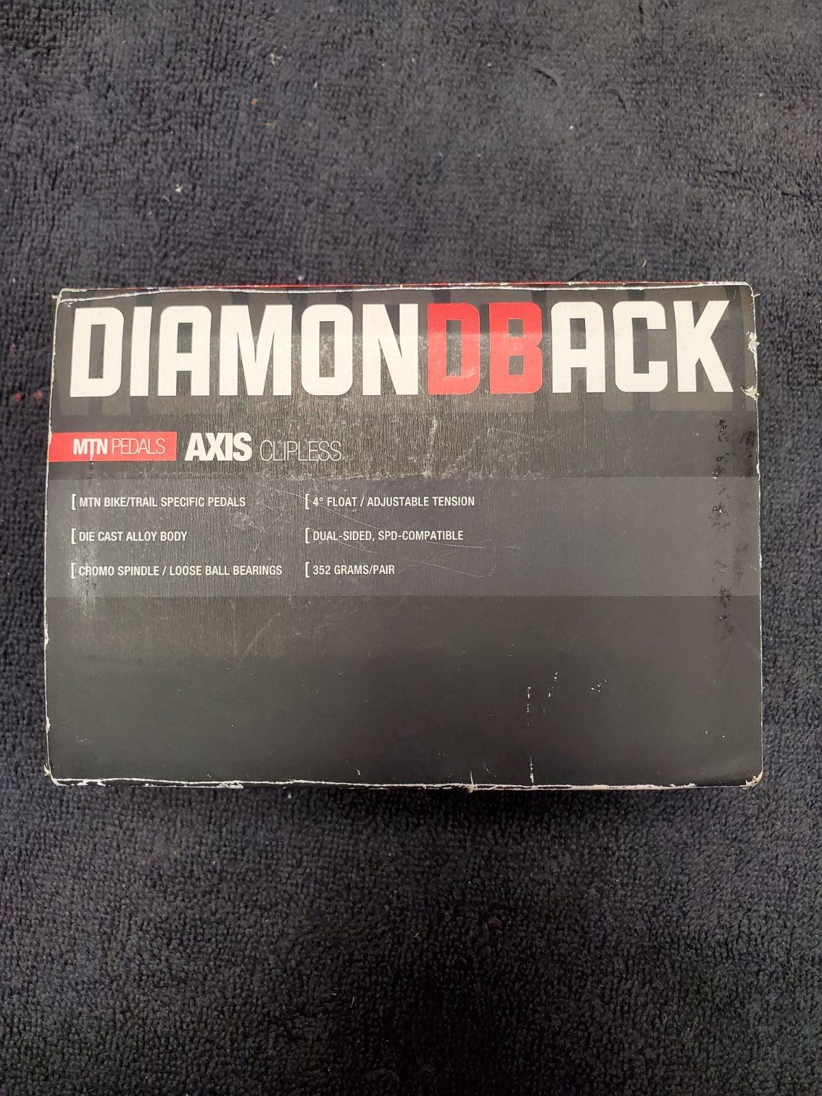 Diamondback MTN pedals axis clipless