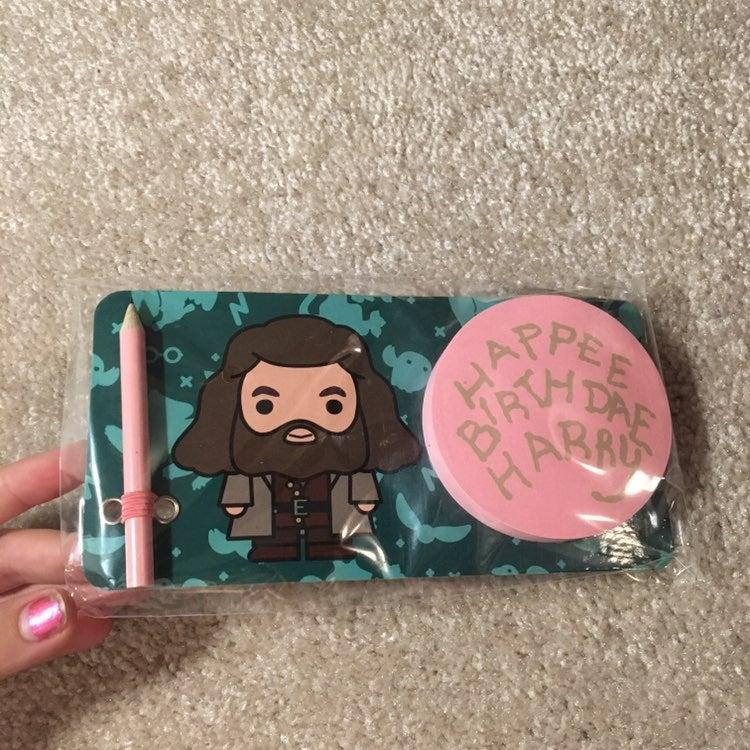 Harry Potter Birthday Cake sticky notes
