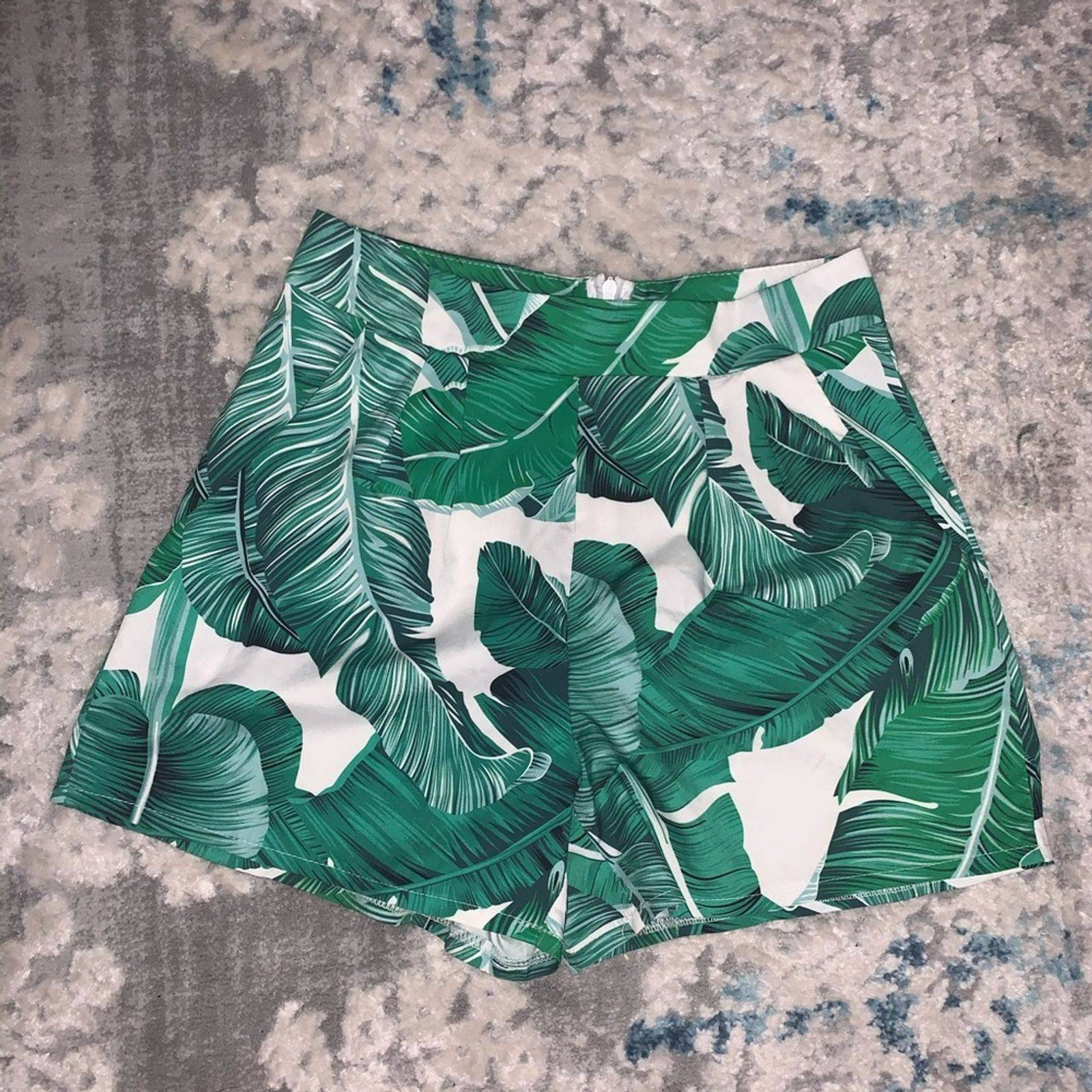 Tropical faux Pleated Shorts