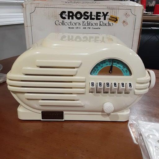 CROSLEY VINTAGE RADIO (CR-3)