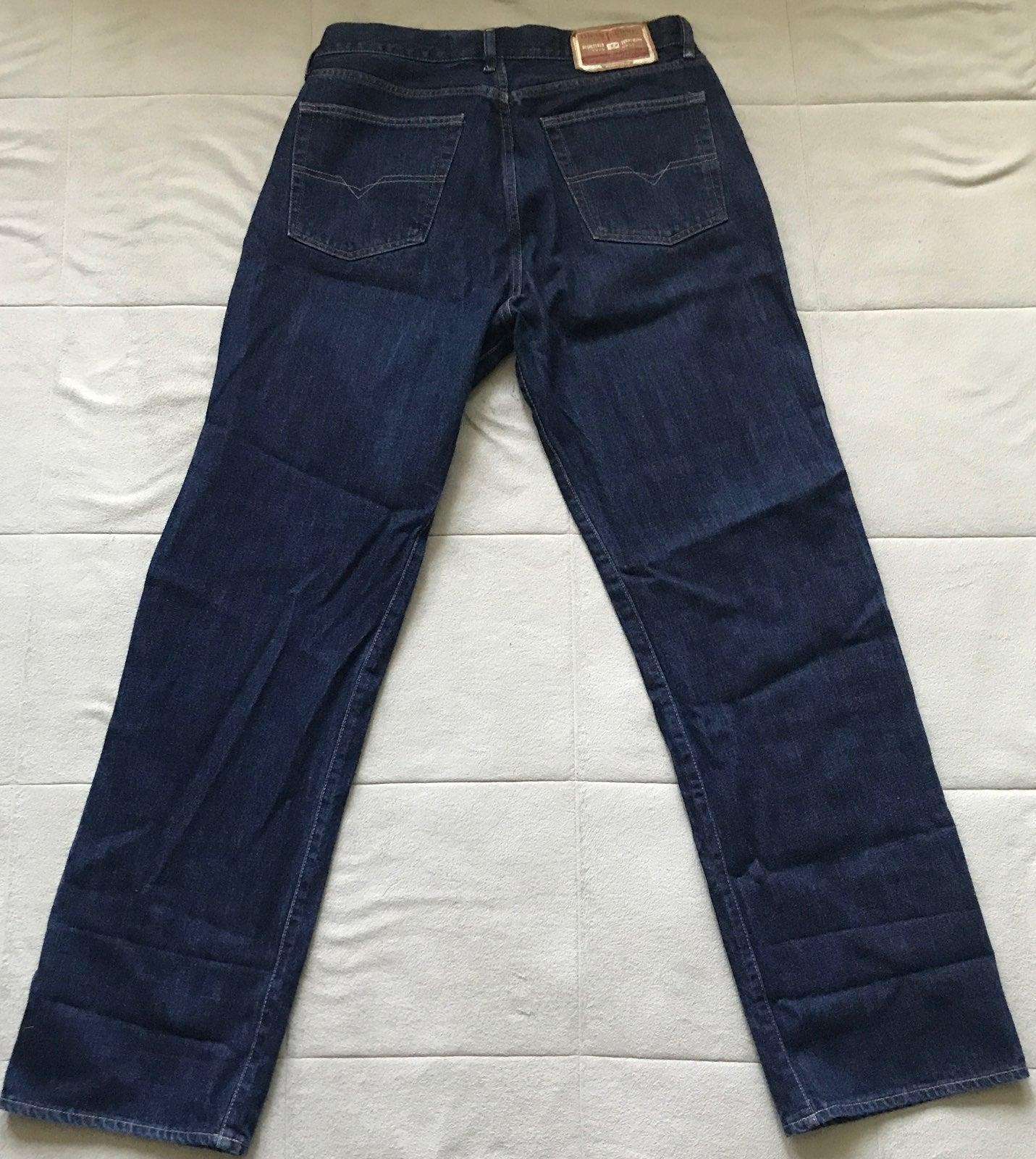 DIESEL | Classic Cut Jeans Size 36