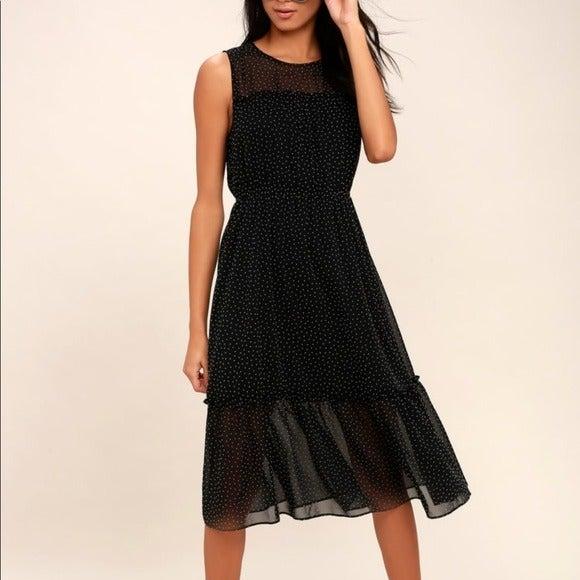 NWT Lulu's Afternoon Stroll Dress L